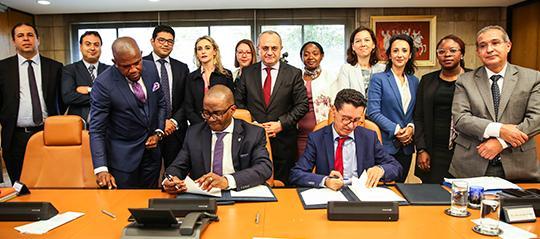 Le groupe BANK OF AFRICA signe un partenariat avec WEMA BANK, une banque commerciale nigériane basée à Lagos.