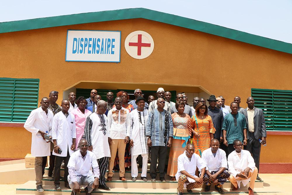 3 2 2 Inauguration du Centre de Sante de Nyfou Burkina Faso Photo FBOA