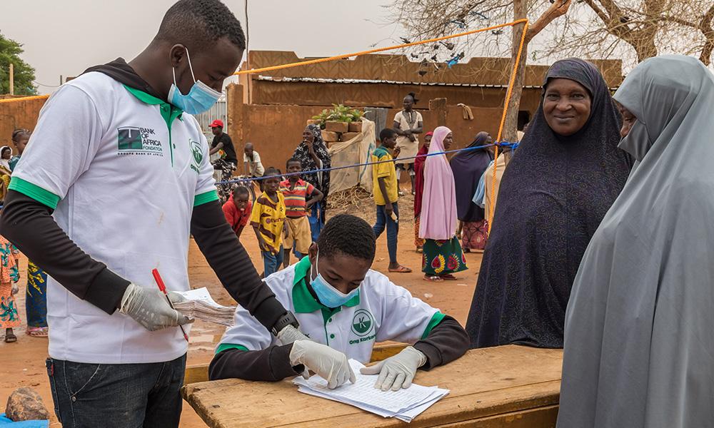 3 3 1 Distribution alimentaire au Niger Photo FBOAslash Absatou Bagaya3 1
